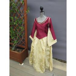 Robe d'apparat en satin duchesse et jupe à dévoré de velours