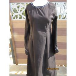 robe en coton avec galon et poignets larges