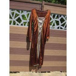 Location : Robe velours lisse marron et crème