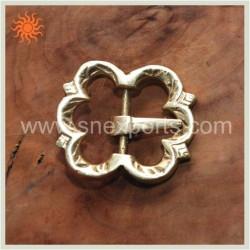 Boucle fleur en bronze