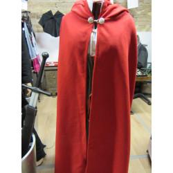 Cape velours de lainage rouge fermoir métallique
