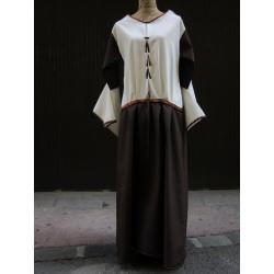 Robe d'inspiration médiévale bicolore