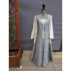 """robe à lacets """"elfique"""" en aspect soie argent et voile de lin écru"""